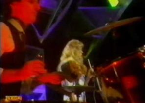 sue wilkinson - you gotta be a hustler if you want to get on - totp - (vhs rip) vcd [jeffz].mpg