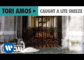 "Tori Amos - ""Caught A Lite Sneeze"" (Official Music Video)"
