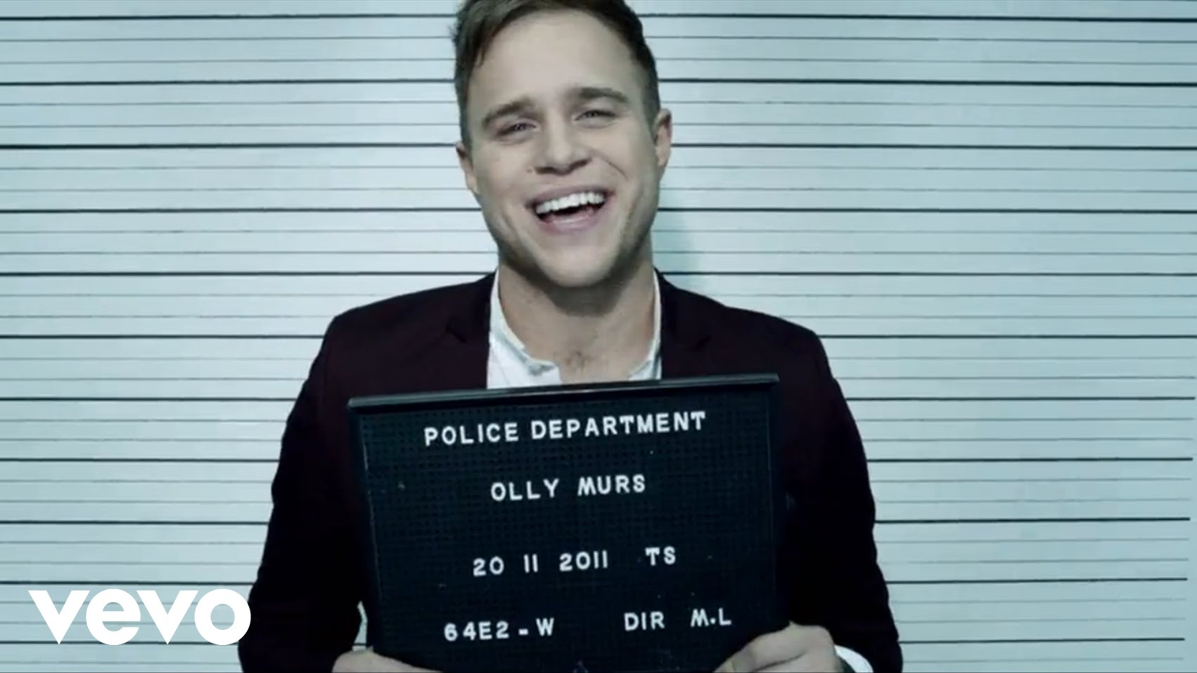 Olly Murs – Dance With Me Tonight