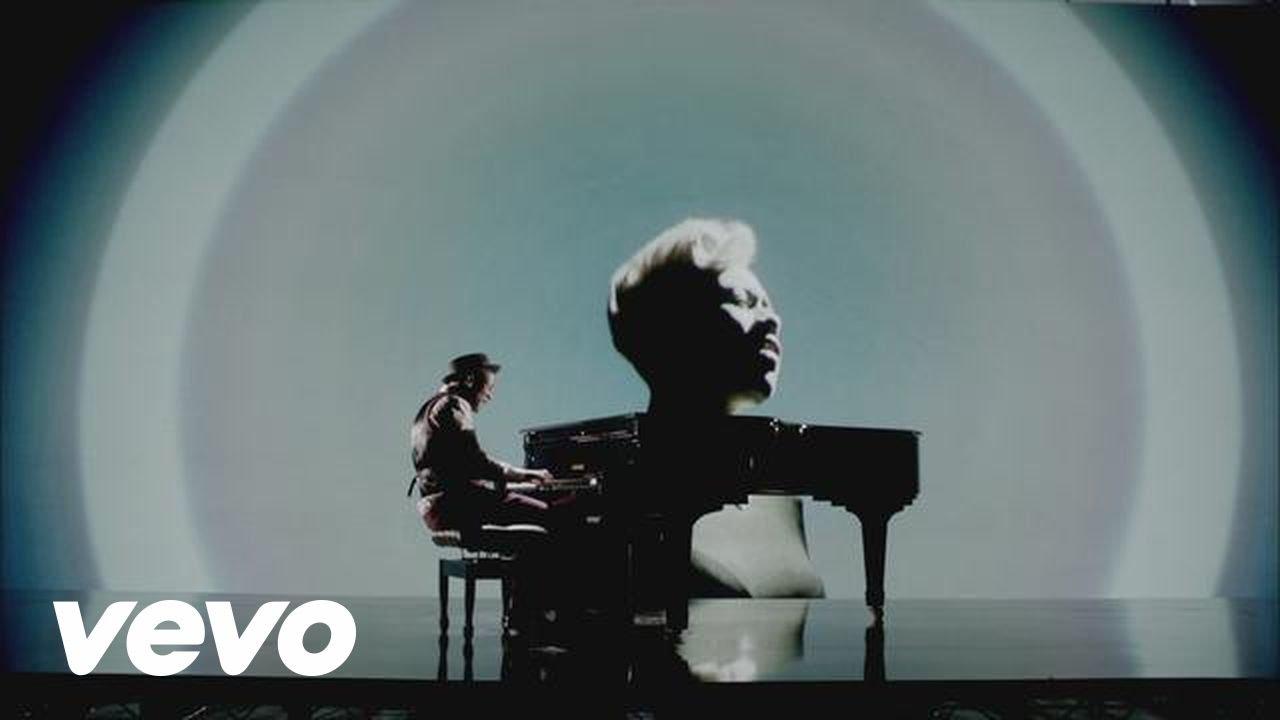 Labrinth feat. Emeli Sandé – Beneath Your Beautiful