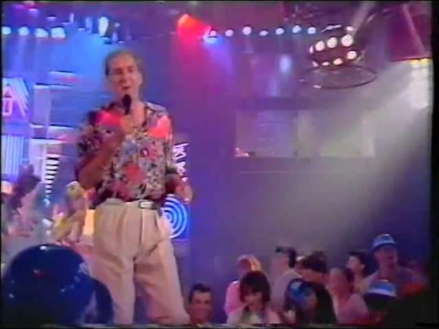 Russ Abbot – All Night Holiday