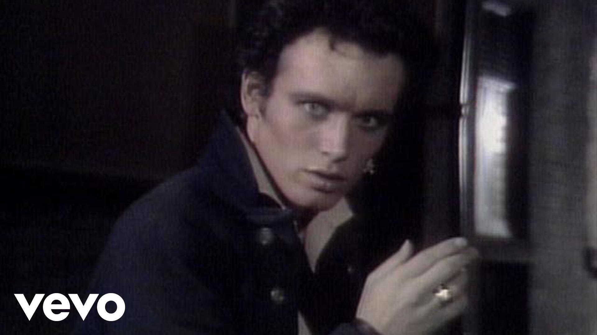 Adam and the Ants – Desperate But Not Serious