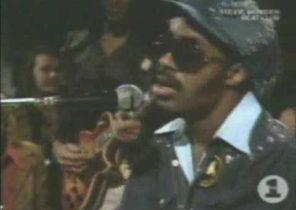Stevie Wonder - Higher Ground (Live)