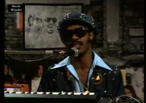 Stevie Wonder - Living For The City (live 1974) HQ 0815007