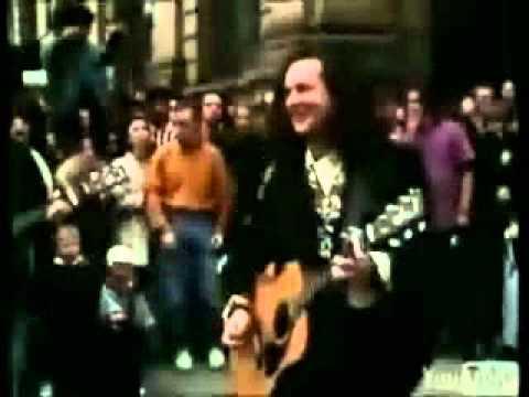 THE WONDERSTUFF : CAUGHT IN MY SHADOW ( original video reversed )