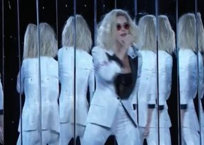 Katy Perry - Chained to the Rhythm (Grammy Awards Mic Feed)