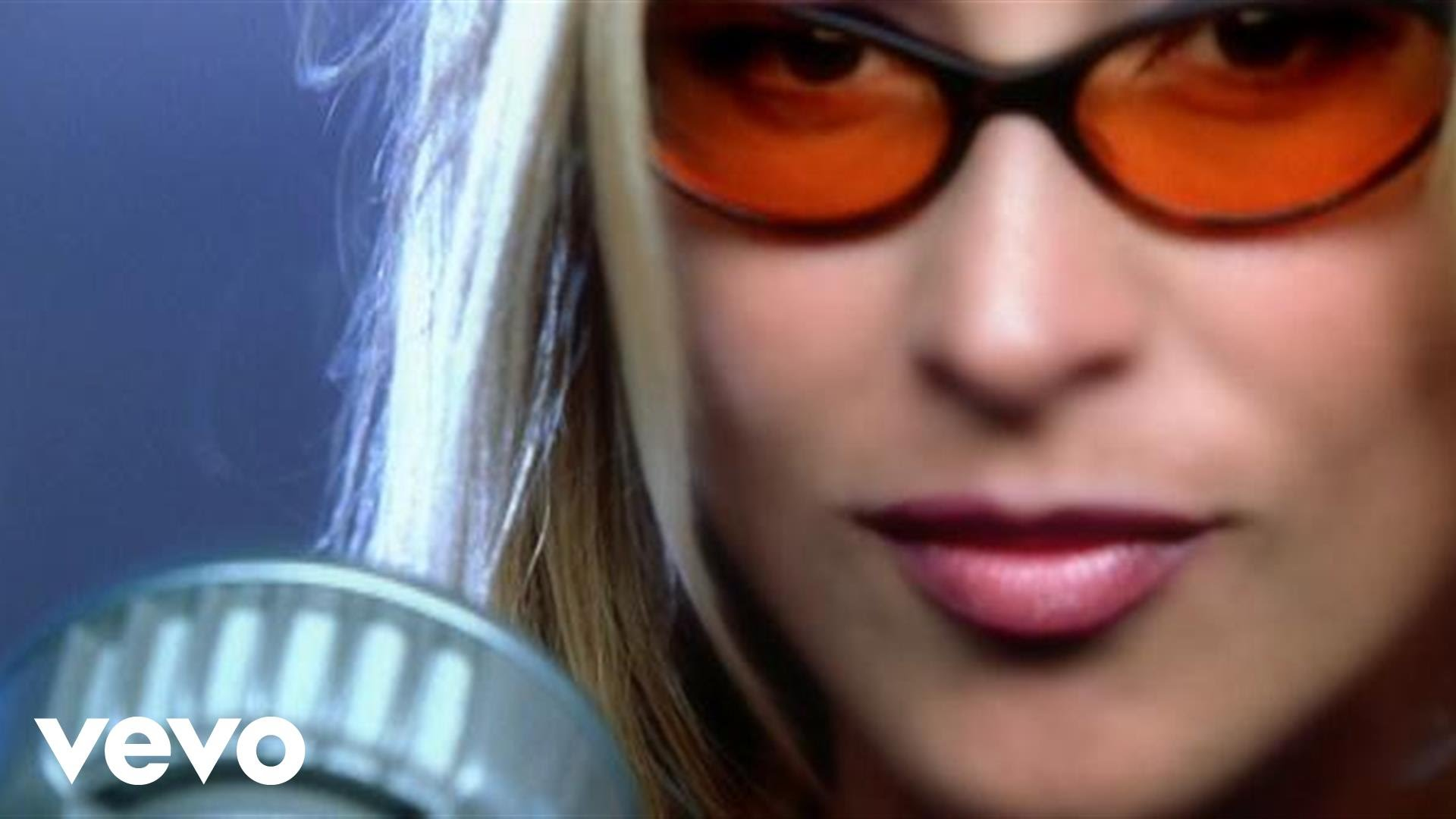 Anastacia – I'm Outta Love