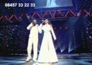 Peter and katie live- A whole new world.flv