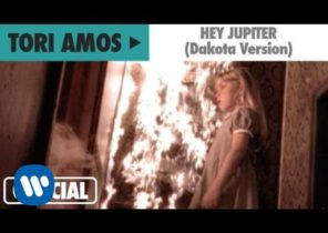 "Tori Amos - ""Hey Jupiter"" (Dakota Version) (Official Music Video)"