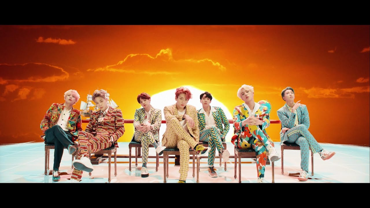 BTS (Feat. Nicki Minaj) – Idol