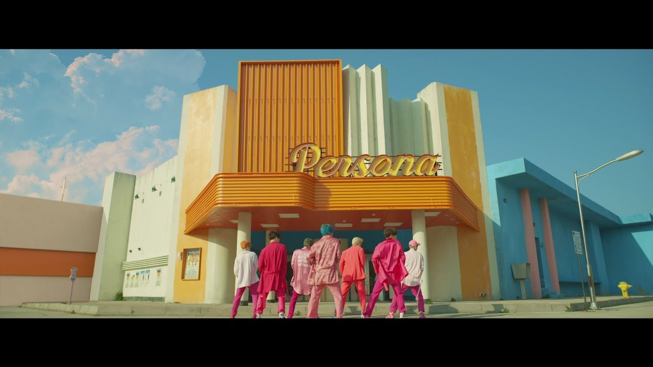 BTS (feat. Halsey) – Boy With Luv