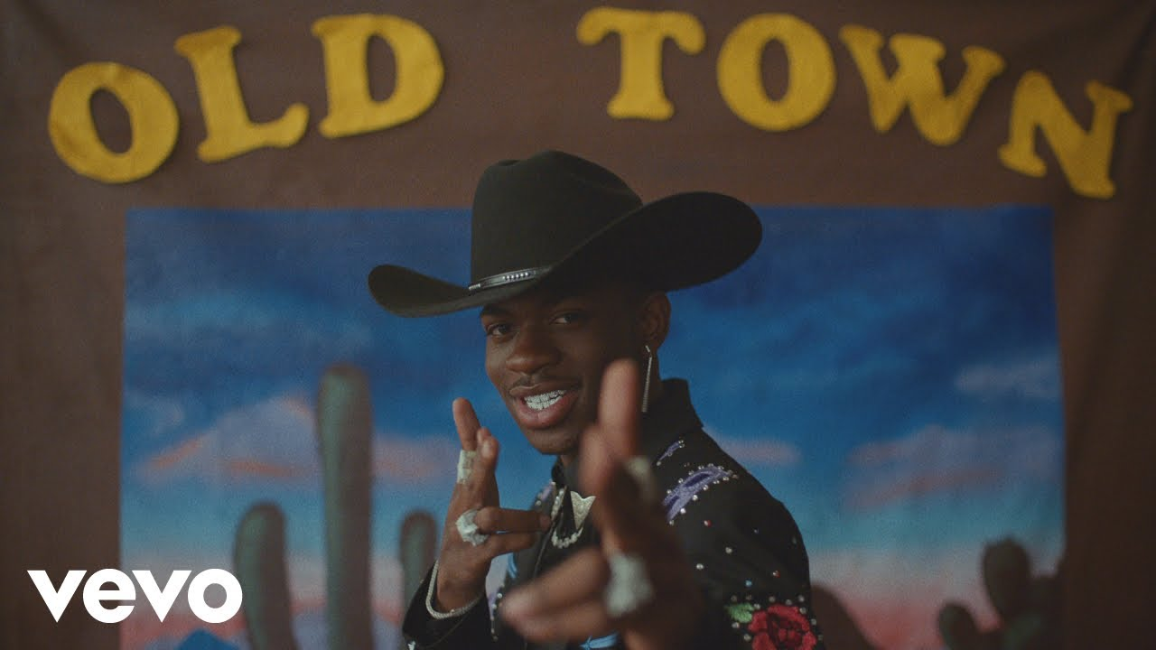 Lil Nas X (feat. Billy Ray Cyrus) – Old Town Road